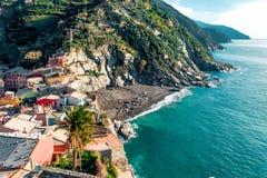 Vernazza海边视图  免版税库存照片