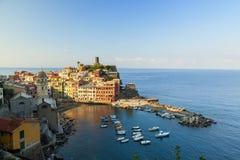 Vernazza-Ansicht in cinque terre Nationalpark, Ligurien, Italien stockfotografie