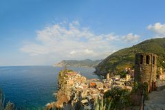 Vernazza-Ansicht in cinque terre Nationalpark, Ligurien, Italien lizenzfreies stockbild