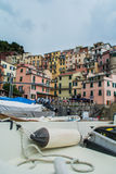 Vernazza, barca di Cinque Terre Immagini Stock