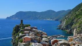 Vernazza, Cinque Terre, Italië stock footage