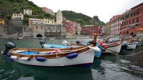 Vernazza in Cinque terre, Italië stock videobeelden