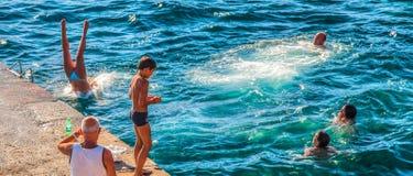 Vernazza, Cinque Terre, Italia: Natación Fotografía de archivo