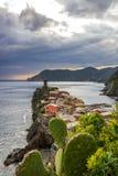 Vernazza in Cinque Terre in Italien stockbild