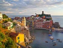 Vernazza Cinque terre italy fotografering för bildbyråer