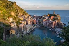 Vernazza, Cinque Terre, Liguria, Italia (4 de mayo de 2014) Imágenes de archivo libres de regalías