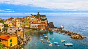 Vernazza-Hafen Lizenzfreie Stockbilder