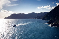 Vernazza and ocean coast in Cinque Terre, Italy Royalty Free Stock Photos