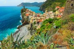 Vernazza by på Cinque Terre royaltyfri foto