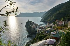 Vernazza på solnedgången LaSpezia landskap Liguria italy Royaltyfria Bilder