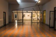 Verniciatura della mostra nella galleria di arte Immagine Stock Libera da Diritti