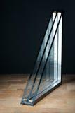 verniciatura tripla, base di legno, fondo nero Fotografia Stock