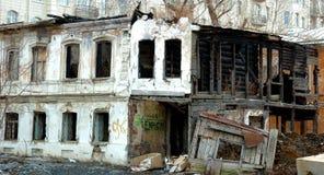 Vernietigd huis stock foto's