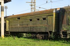 Vernietigd spoorwegdepot in Abchazië Stock Fotografie