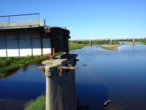 Vernietigde brug Stock Foto's