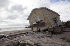 Vernietigde huizen in Verre Rockaway Stock Afbeelding