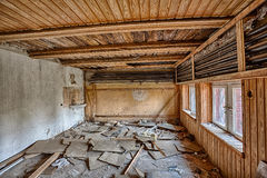 Vernietigde ruimte met het wainscoting Royalty-vrije Stock Foto's