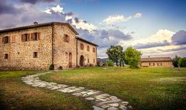 Vernieuwde Toscaanse manor royalty-vrije stock afbeeldingen
