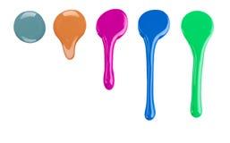Verniz para as unhas ou pintura colorida do gotejamento no branco Foto de Stock