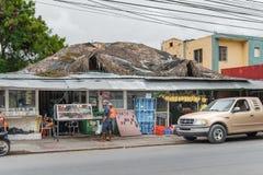 VERON,多米尼加共和国- 2015年6月18日:地方市场在多米尼加共和国的Veron 库存照片