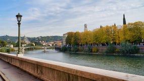Verona Adige-rivierklip stock afbeelding