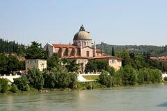 Verona-Ansicht - Adige-Fluss Stockfoto