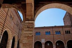 Verona arkitekturdetalj Fotografering för Bildbyråer