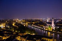 Verona bis zum Nacht lizenzfreies stockfoto