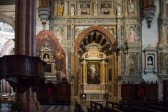 Verona Cathedral l'interno fotografie stock libere da diritti