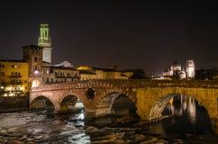 Verona en la noche Fotografía de archivo
