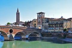 Verona gammal bro Fotografering för Bildbyråer