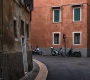 Verona gator italy arkivfoton
