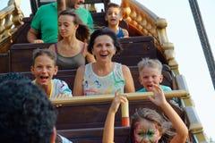 Verona, Itália 18 de agosto de 2018: Parque de diversões de Leoland Escuna do pirata foto de stock royalty free