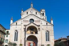 VERONA, ITÁLIA - 24 DE MARÇO: Opinião Verona Cathedral em Verona It Fotos de Stock Royalty Free