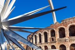 Verona - Italië 6 januari, 2019: De Arena, beroemd oud roman Di Verona en Verona van de amphitheatrearena stock fotografie