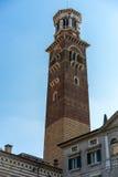 VERONA, ITALIË - MAART 24: Mening van de Lamberti-Toren in Verona Royalty-vrije Stock Afbeelding