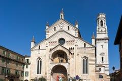 VERONA, ITALIË - MAART 24: Mening van Verona Cathedral in Verona It Royalty-vrije Stock Afbeeldingen