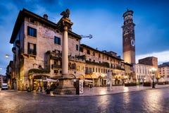 VERONA Italien - April 04, 2017: Cityscape av Verona, Veneto Arkivfoto