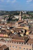 VERONA, ITALIEN - 24. MÄRZ: Ansicht von Verona vom Lamberti Towe Lizenzfreie Stockfotos