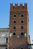 VERONA, ITALIEN - 24. MÄRZ: Palast von Cansignorio in Plaza Del Si Lizenzfreies Stockbild