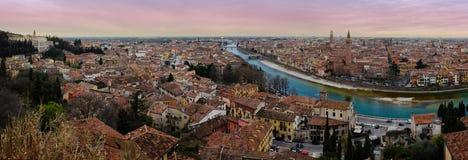 Verona Panoramic dans le coucher du soleil Photos stock