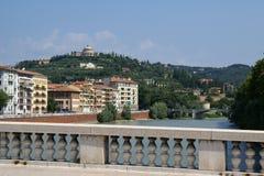 Verona-Straßenansicht Lizenzfreie Stockfotos