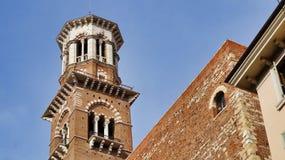 Verona Torre Dei Lamberti stockfotografie