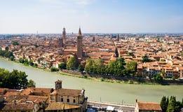 Verona-und Adige-Fluss Lizenzfreie Stockbilder