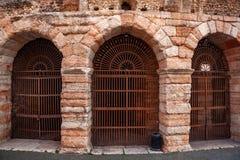 """Verona, Włochy †""""Marzec 2019 Aren di Verona Antyczny rzymski amphitheatre w Verona, Włochy wymieniali jako UNESCO świat obrazy stock"""