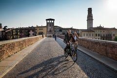 VERONA Włochy, Kwiecień, - 04, 2017: Pejzaż miejski Verona, Veneto Zdjęcie Royalty Free