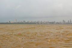 Verontreinigde het overzees in Bombay Royalty-vrije Stock Foto's