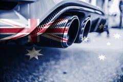 Verontreiniging van milieu door brandbaar gas van een auto met het mengen van de vlag van Australië royalty-vrije stock fotografie