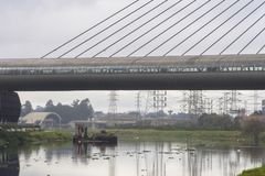 Verontreiniging van Pinheiros-rivier in Sao Paulo Stock Afbeelding