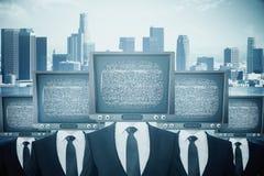 Verouderd TV geleid zakenlui vector illustratie